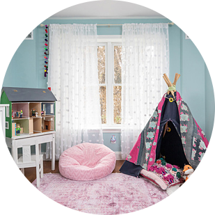 Girls Bedroom - Young Kids Bedroom